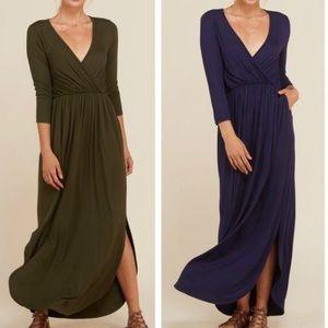 Plus Navy or Olive V-Neck Dress w Pockets!